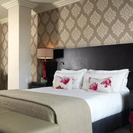 The Westbury Hotel room